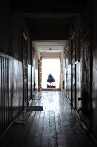 Senelių namų koridorius